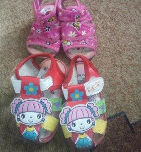 Обувь на девочку от 16-24 размера.