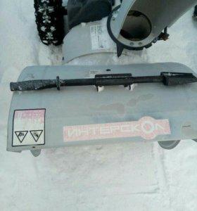 Снегоуборочная машина интерскол
