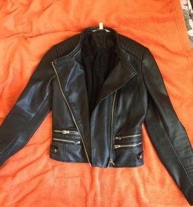 Куртка Зара чёрная