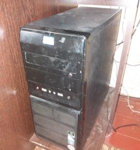Офисный компьютер