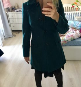 Пальто изумрудного цвета s