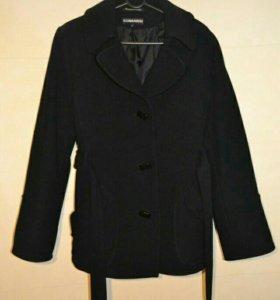 Пальто черное 46-48р