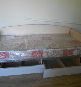 Кровать подрастковая