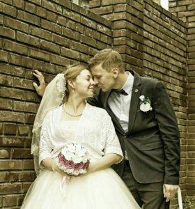 Свадебная фотосъёмка, видеосъёмка, монтаж роликов.