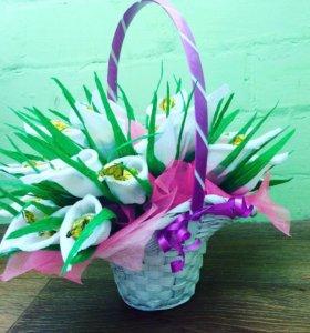 Цветы букеты из конфет, каллы из конфет, корзинка