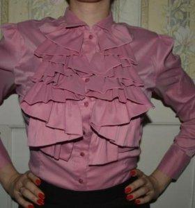 Офисная блузка с красивым воротником