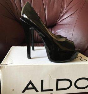 Туфли Aldo лакированные