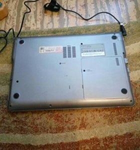 Ноутбук на запчасти samsung np530u4c