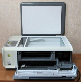 Мфу (принтер,сканер,копир) HP PSC 1513 All-in-One