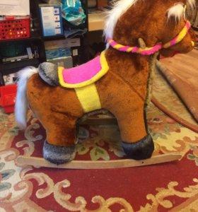 Игрушка - качалка. Пони
