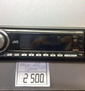 Автомобильная магнитола с CD MP3 JVC KD-G827