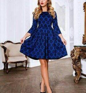 Платье размер 42. Новое