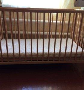 Кроватка Икеа с матрасом новая
