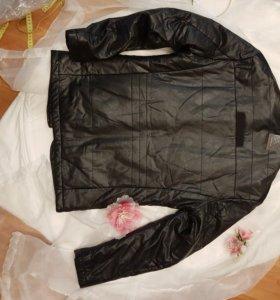 Новые куртки piere cardine - s