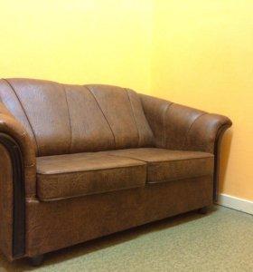 Диван и кресло из кожзама