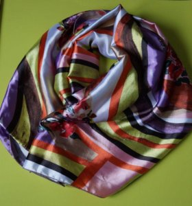 Атласный палантин, шарф