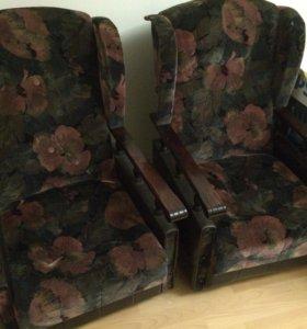 Мягкая мебель. Диван. Кресла