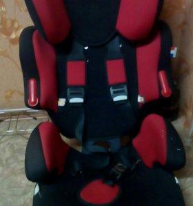 Кресло детское и пасажирское сиденье на ваз 2107