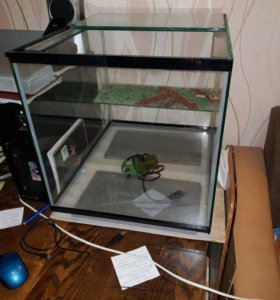 Аквариум для водных черепах.
