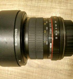 Samyang 8mm f/3.5 AS IF UMC Fish-eye CS II Canon