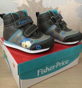 Детские ботинки фирмы Fisher price