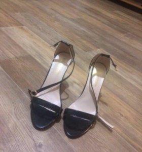 Туфли абсолютно новые