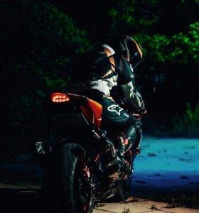 Suzuki GSX 1000 k8
