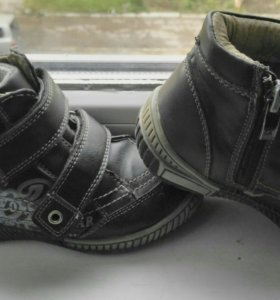 Демисез ботинки и сапожки