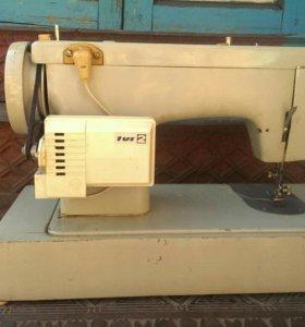 Швейная машина подольск 132