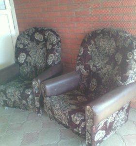 2 кресла!!!!