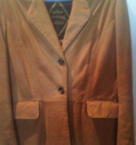 Новый  замшевый пиджак