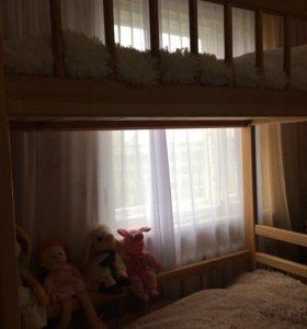 Двухъярусная кровать из цельного массива