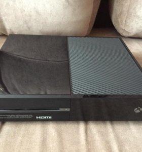 Продам Xbox One в отличном состоянии