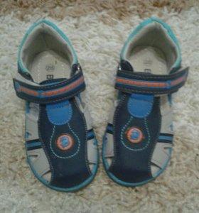 Обувь на мальчика до 28размера