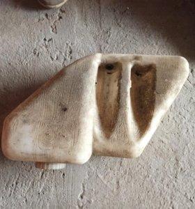 Бочек омывателя ваз