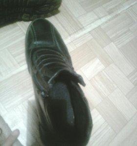 Ботинки осенние-весенние