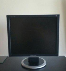 Монитор Samsung 730BF (17 дюймов)