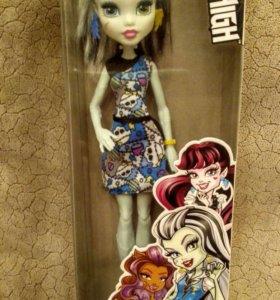 Новая Кукла