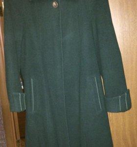 Продам пальто (р.44-46)