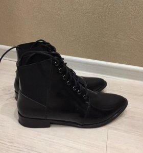 Ботинки женские размер 39-40