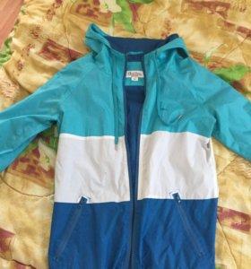 Куртка ветровка размер S-M