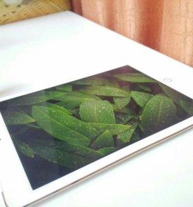 iPad Air 2 64 GB + LTE