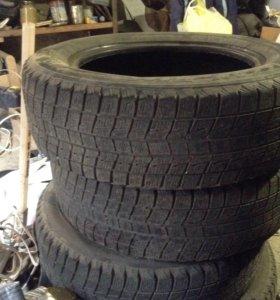 Шина Bridgestone R15 ,в хорошем состоянии