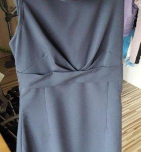 Платье женское 44 размер.