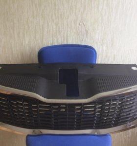 Решетка радиатора Киа Рио 2011-2015, Kia Rio 3