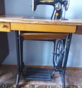 Швейная машина (Подольский завод)