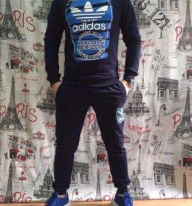 Костюм спортивный Adidas. Новый