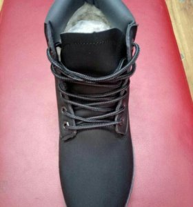 Ботинки зимние новые