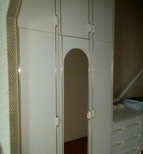 3-х створчетый шкаф,комод,2тумбы