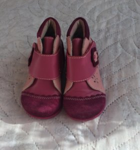 Ботиночки осенние на первый шаг